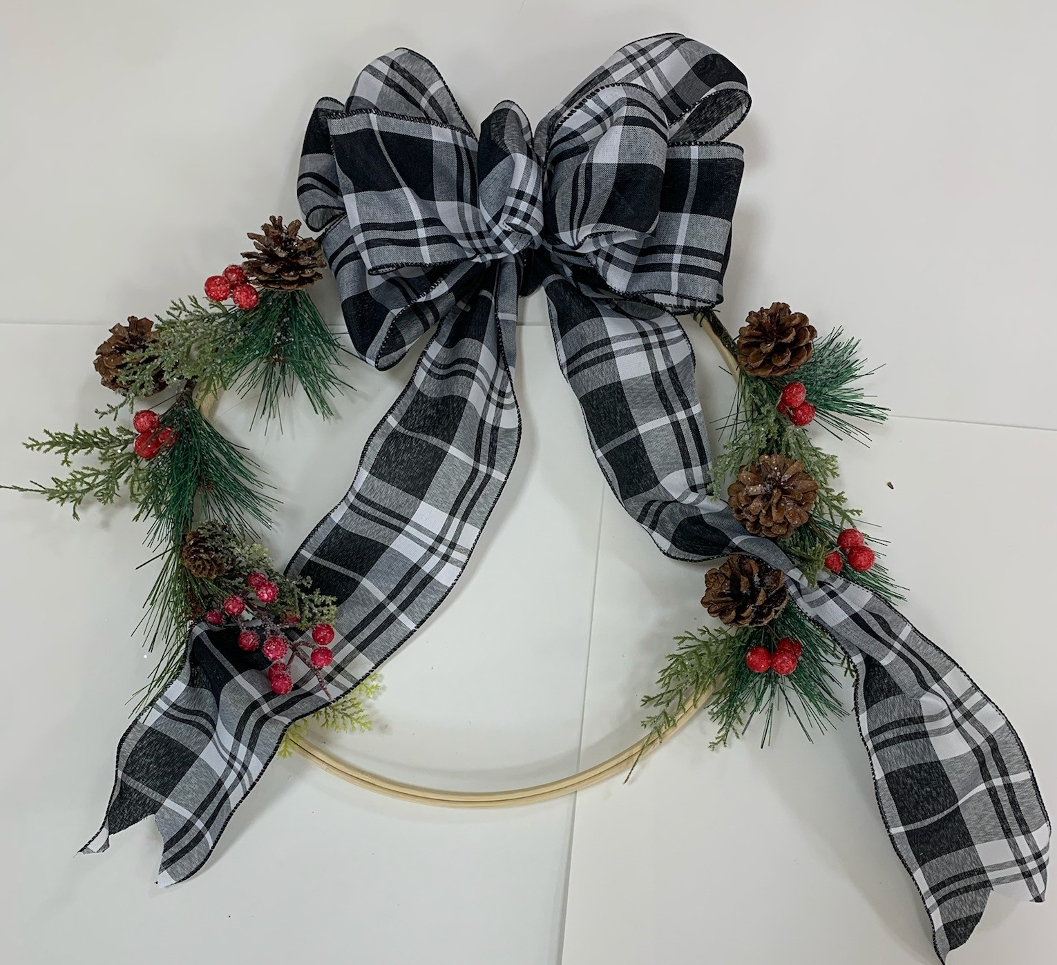 Cabin Fever Craft Series Embroidery Hoop Wreath Virtual Kits And In Person Options Bellview Winery